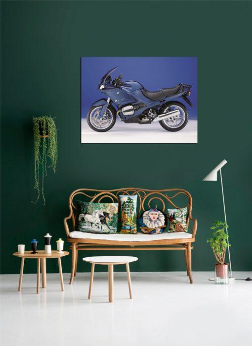 Blue and black BMW motor display
