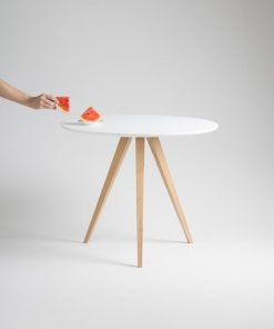 ROUND TABLE COFFEE TABLE SIDE TABLE