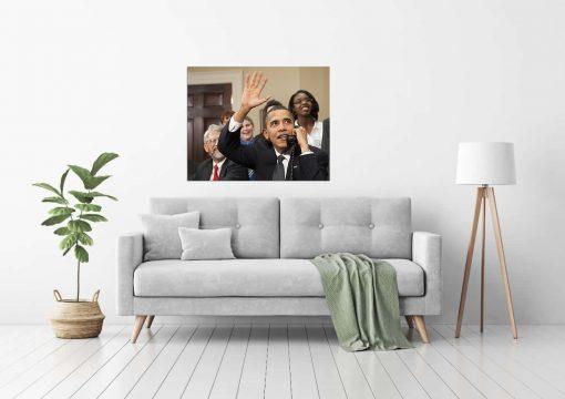 obama making call