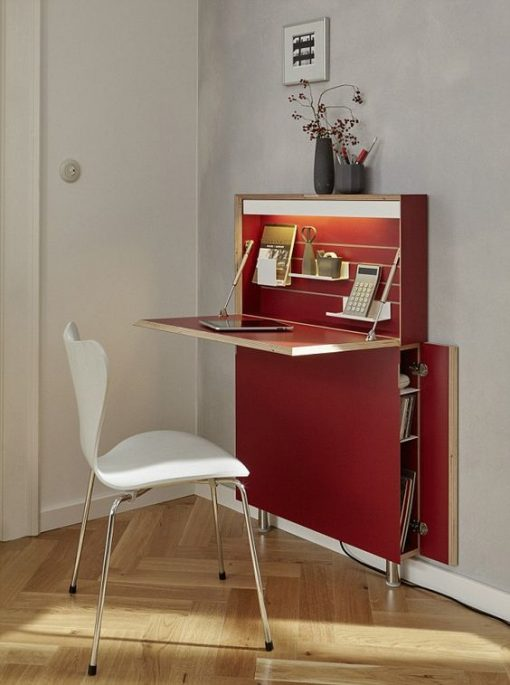 red computer desk with charging stattion