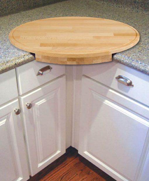 round wood chopping